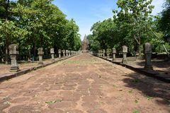 Prasat Phanom阶,古老高棉式寺庙复合体在武里喃府,泰国 免版税图库摄影