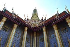 Prasat Phra Thep Bidon, Wat Phra Kaew, Thaïlande Photo stock