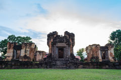 Prasat Sa Kamphaeng亚伊,大乘佛教寺庙,四色菊Wat, 免版税库存图片