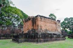 Prasat Sa Kamphaeng亚伊,大乘佛教寺庙,四色菊Wat, 免版税库存照片