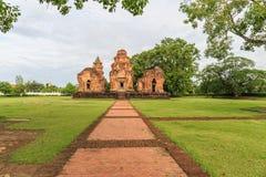 Prasat Sikhoraphum eller slott vaggar templet Arkivbild