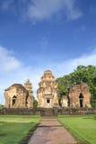 Prasat Sikhoraphum, slott vaggar templet i Surin, Thailand Royaltyfri Foto