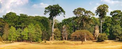 Prasat Suor Prat σε Angkor Thom σύνθετο, Καμπότζη Στοκ Φωτογραφία