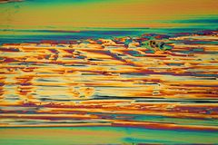 Praseodymiumnitratkristalle unter dem Mikroskop Stockbilder