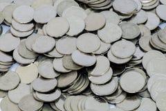 Prata de moedas um baht Tailândia Fotos de Stock