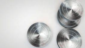 A prata inventa nem a queda no fundo branco filme
