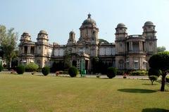 Pratap baug宫殿,巴罗达 免版税库存照片