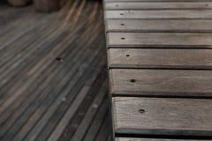 Prateleira de madeira imagens de stock