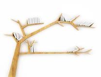 Prateleira de madeira do ramo com os livros brancos isolados no fundo branco Foto de Stock