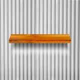 Prateleira de madeira para o fundo Fundo para o conceito da exposição do produto Fotos de Stock Royalty Free