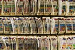 Prateleiras com arquivos médicos Imagem de Stock