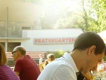 Prater biergarten i Berlin royaltyfria foton