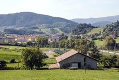 Prati in villaggio rurale fotografia stock