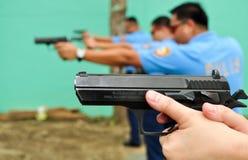 Pratica asiatica della fucilazione della polizia Fotografie Stock Libere da Diritti