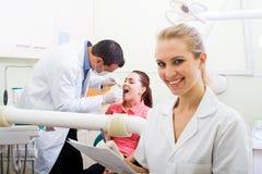 Pratica dentale Fotografie Stock Libere da Diritti