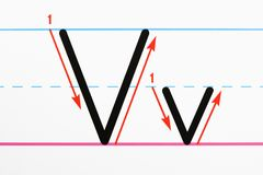 Pratica di scrittura della lettera. Fotografie Stock