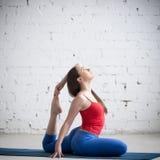 Pratica fresca della ragazza di yoga Immagine Stock Libera da Diritti