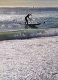 Praticando il surfing a Barcellona Fotografia Stock Libera da Diritti