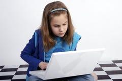 Praticare il surfing il Internet Immagini Stock