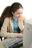 Praticare il surfing il Web immagini stock