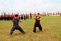 Praticiens d'arts martiaux par Photographie stock