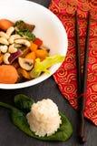 Prato asiático do frigideira chinesa imagens de stock