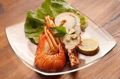 Prato com lagosta cortada Fotografia de Stock Royalty Free