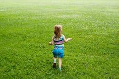 Prato corrente del bambino Fotografie Stock Libere da Diritti