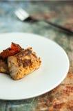 Prato de peixes com tomates Fotografia de Stock Royalty Free