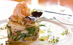 Prato de uma beringela cozida, pimenta, um espaguete, s Fotografia de Stock Royalty Free