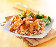 Prato do teriyaki do camarão e do arroz fritado Fotos de Stock Royalty Free