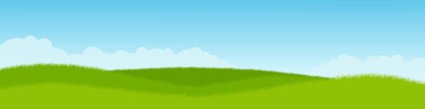 Prato e cielo blu verdi Panorama Immagine Stock Libera da Diritti