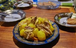 Prato nacional de Marrocos - tajine da carne imagem de stock