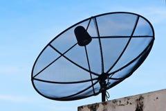 Prato satélite no céu azul Imagens de Stock Royalty Free