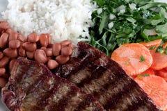 Prato típico de Brasil, de arroz e de feijões Imagem de Stock Royalty Free
