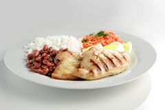 Prato típico de Brasil, de arroz e de feijões Imagens de Stock