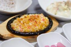 Pratos coreanos do queijo e do milho fotos de stock