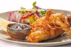 Pratos da culinária internacional em um restaurante Imagens de Stock
