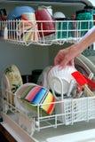 Pratos de lavagem Imagem de Stock