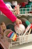 Pratos de lavagem Imagens de Stock