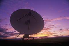 Pratos do telescópio de rádio no obervatório nacional da astronomia de rádio em Socorro, nanômetro fotografia de stock
