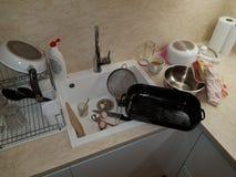 Pratos na cozinha foto de stock royalty free