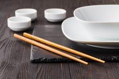 Pratos para a culinária asiática imagem de stock royalty free