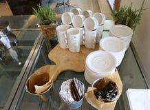 Pratos para o café da manhã imagem de stock royalty free