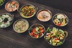 Pratos picantes quentes da culinária indiana do vegetariano e do vegetariano Fotografia de Stock Royalty Free