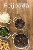 Pratos que são parte do feijoada tradicional, alimento brasileiro típico fotos de stock royalty free