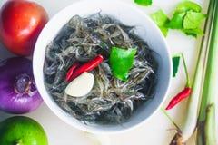 Pratos tailandeses com camarão e pimentão e especiarias, alimento de Yum Kuggetgn mim imagens de stock