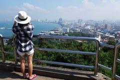 从Pratumnak小山的观点在芭达亚,泰国 免版税库存图片