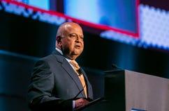 Pravin Gordhan el ex Ministro de Hacienda del discurso de Suráfrica foto de archivo