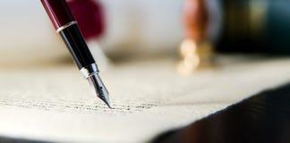 Prawa tła temat Fontanny pióro i handmade papier Obraz Royalty Free